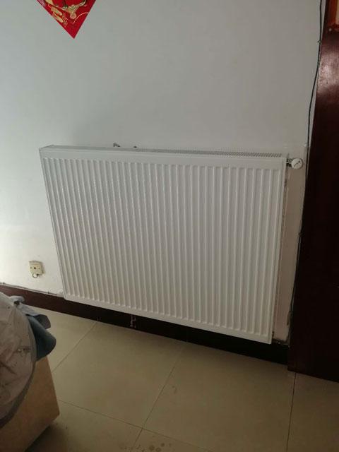 暖气片安装效果